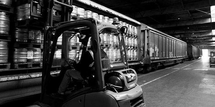 Camions et véhicules utilitaires électrique et hybrides